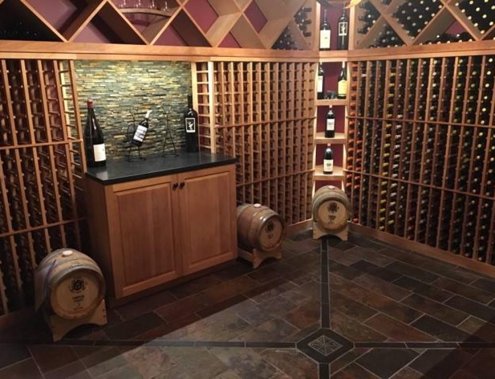 Wine Cellar and Bar